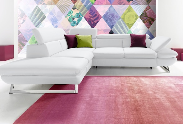 modernes Sofa in Weiß