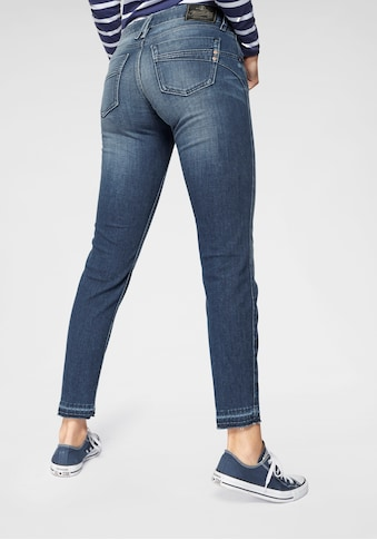 Herrlicher 7/8-Jeans »TOUCH CROPPED«, Low Waist Ultra-Stretch mit Cut Off Saum und Push-up-Effekt kaufen