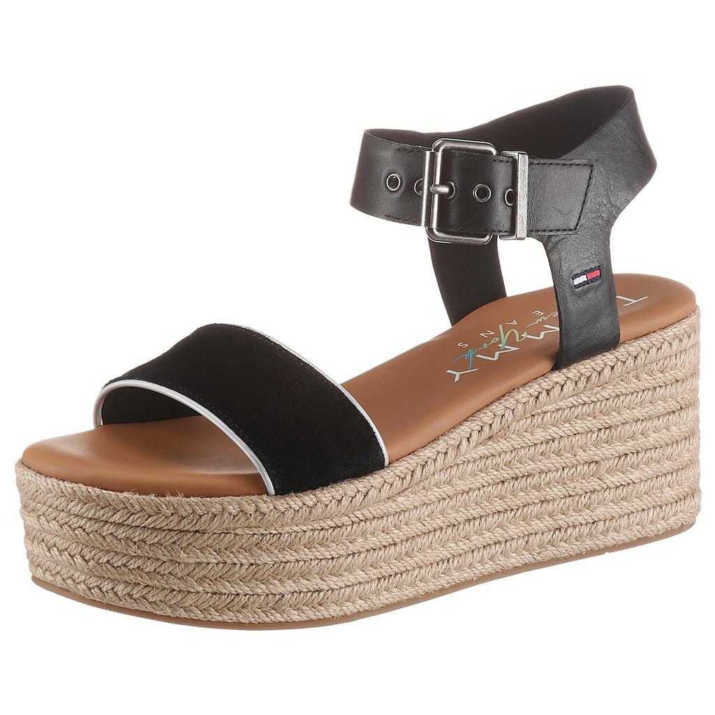 Tommy Jeans Sandalette »ESSENTIAL FLATFORM SANDAL«, mit dezenter Logostickerei