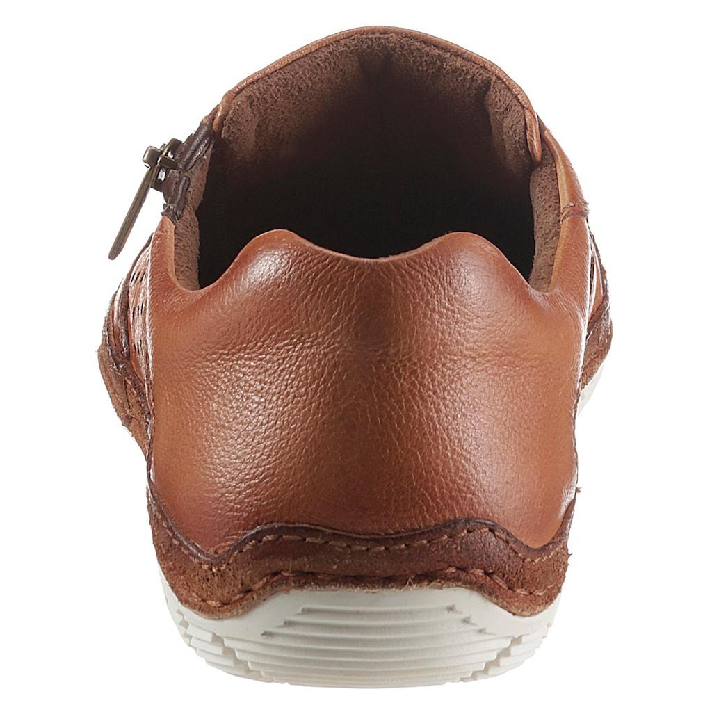 bugatti Slipper »MATT«, mit luftiger Perforation