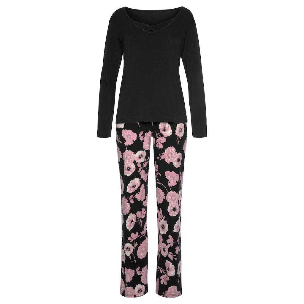 LASCANA Pyjama, mit Blumenmuster und Spitzendetails