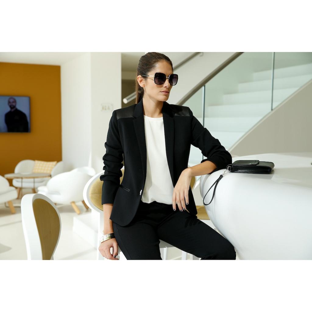 Bruno Banani Bootcuthose »Sportive-Eleganz«, mit glänzenden Satin-Details