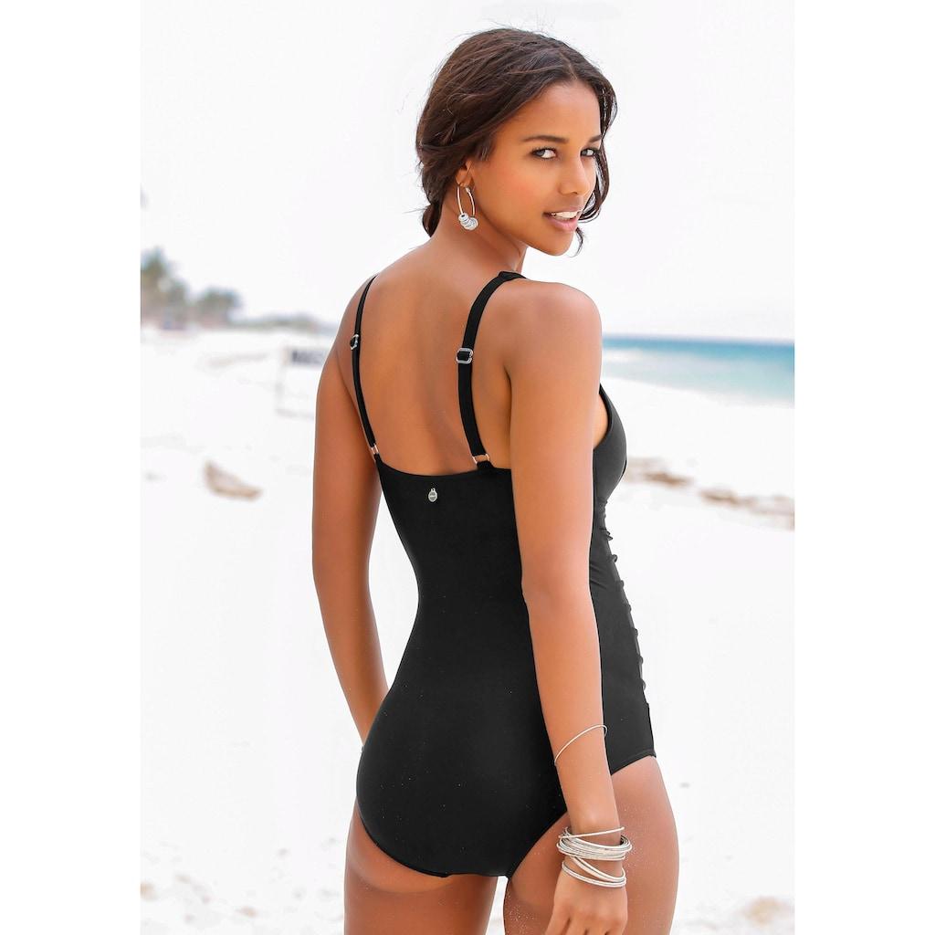 LASCANA Badeanzug, mit dekorativer Raffung