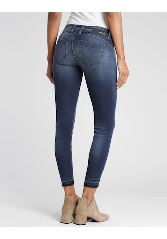 GANG 7/8-Jeans »Nikita«, mit ausgefranster Kante am Beinabschluss kaufen
