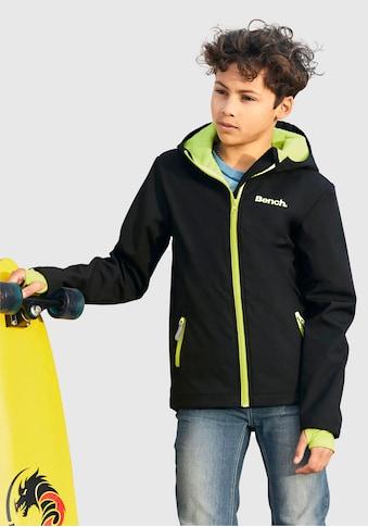Bench. Softshelljacke »mit reflektierenden Details« kaufen