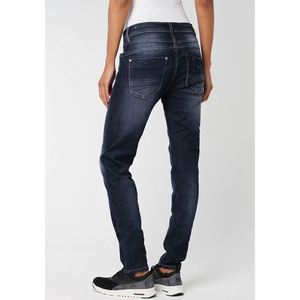 GANG Relax-fit-Jeans »Amelie Relaxed Fit«, mit Used-Effekten