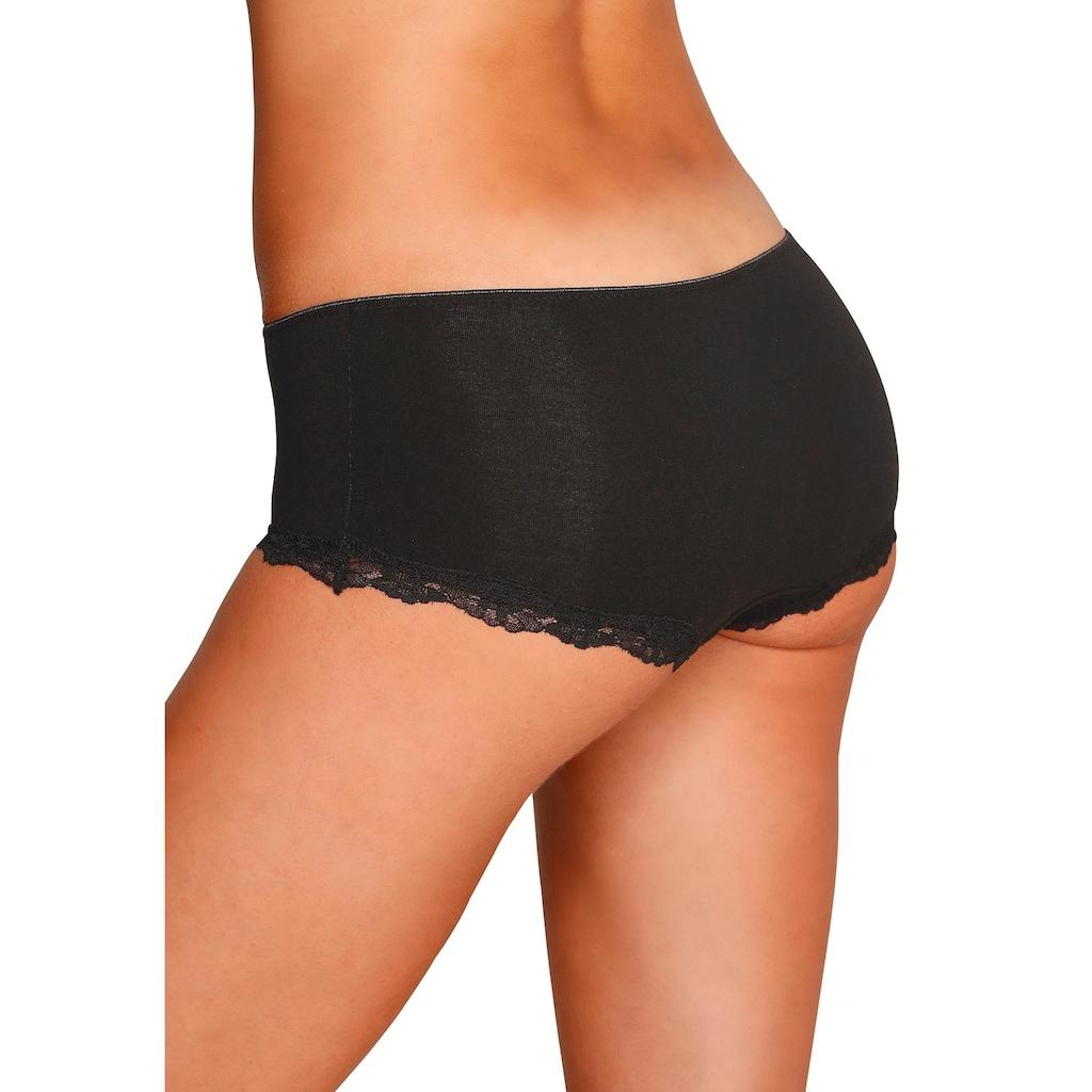 LASCANA Panty, mit zarter Spitze