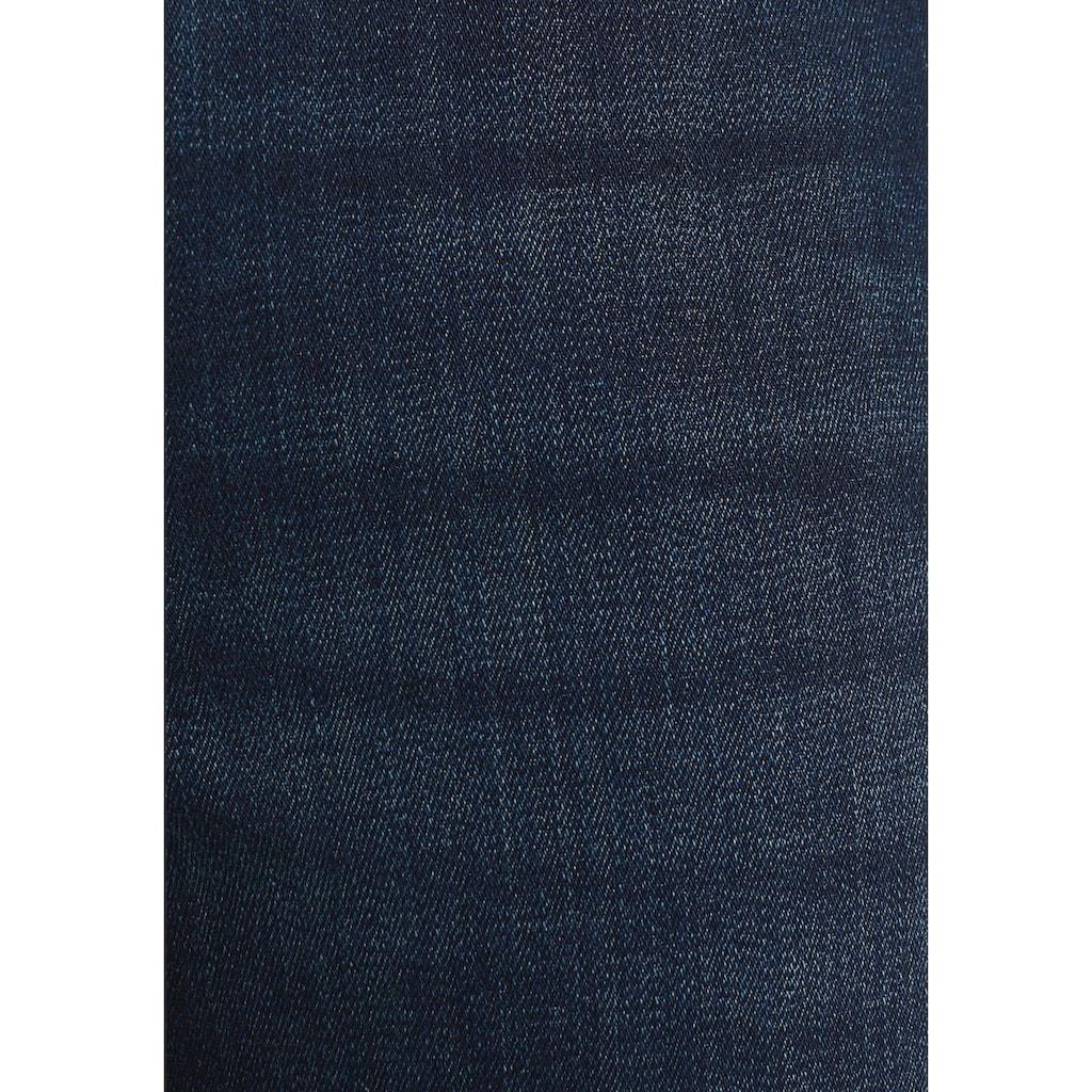 Esprit Bootcut-Jeans, mit authentischen Washed-Out Effekten