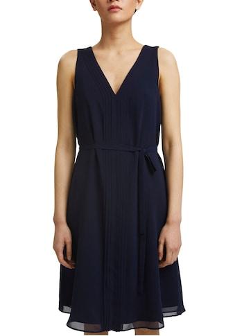 Esprit Collection Chiffonkleid, mit doppeltem V-Ausschnitt und Bindegürtel kaufen