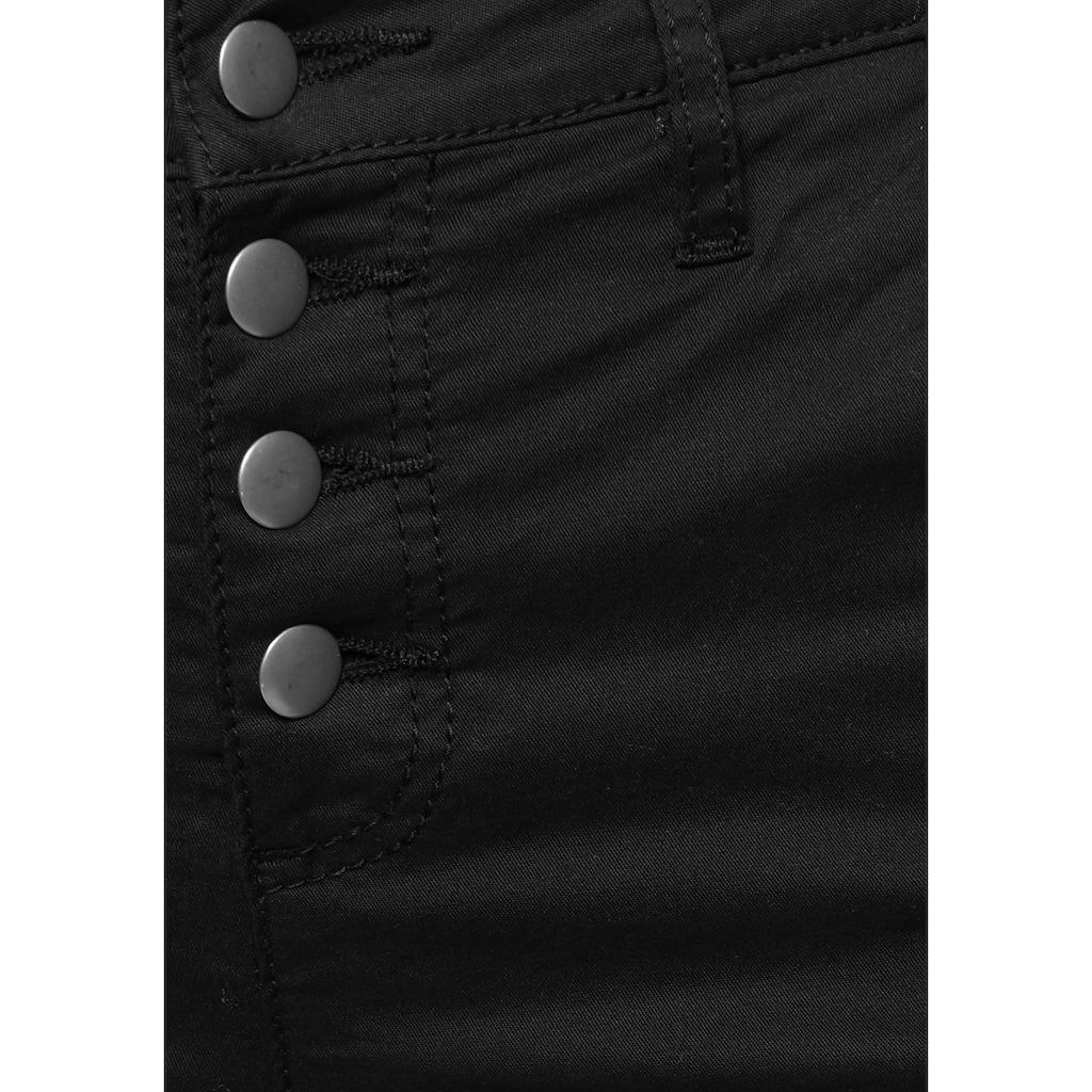 AJC Chinohose, mit auffallender Knopfleiste