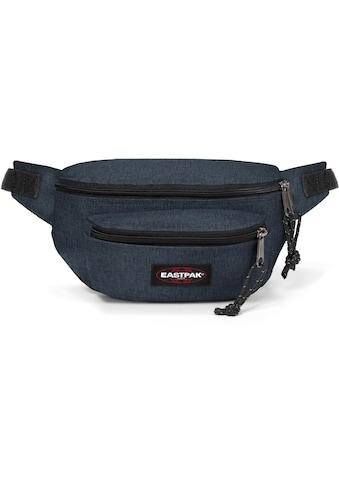 Eastpak Gürteltasche »DOGGY BAG, Triple Denim«, enthält recyceltes Material (Global... kaufen