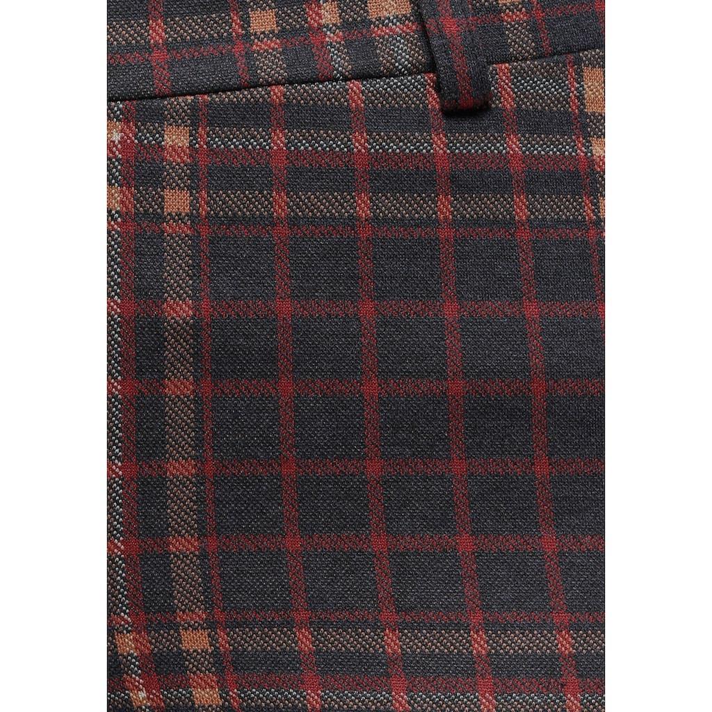 AJC Röhrenhose, mit kleinem Umschlag, in tollem Krawatten oder Karomuster