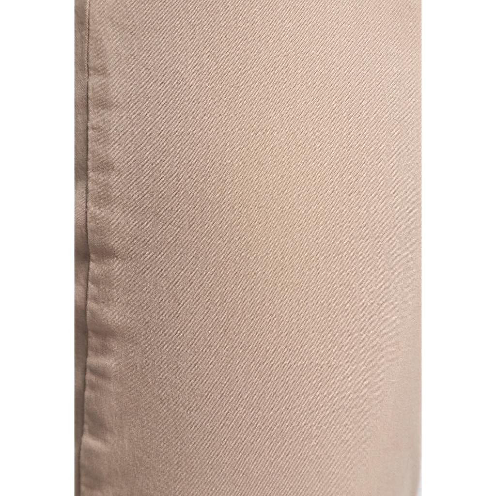 AJC Chinohose, (2 tlg.), in lässiger Form mit konstrastfarbendem Gürtel