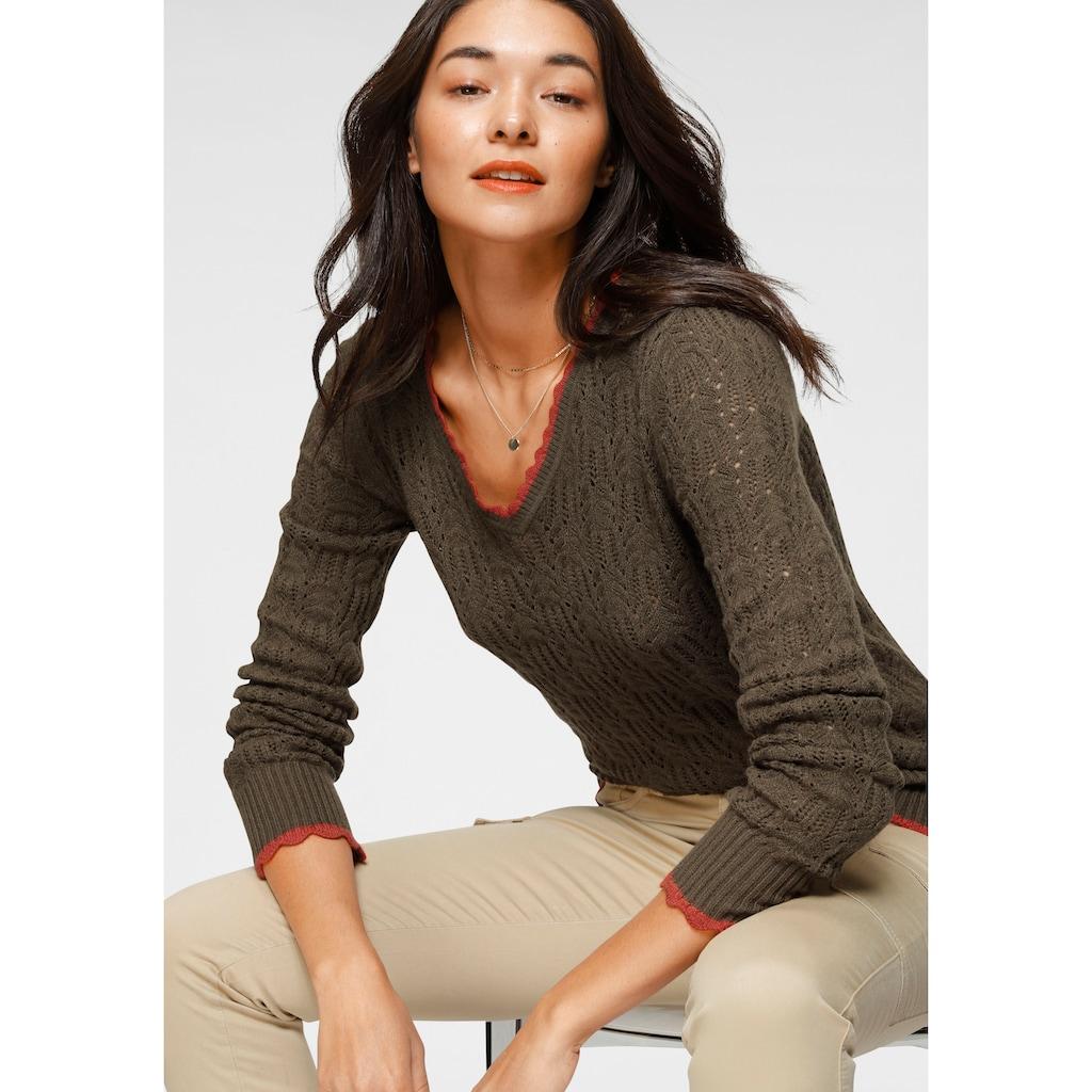 AJC V-Ausschnitt-Pullover, mit modischen Ajour-Details