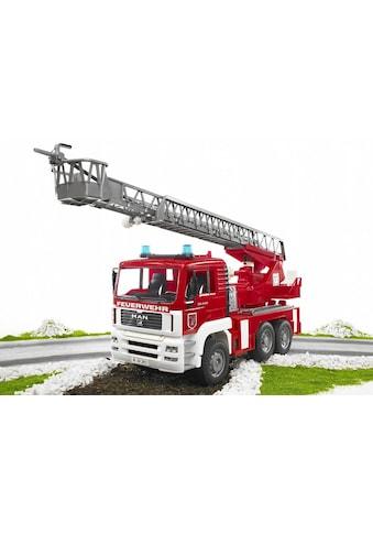 Bruder® Spielzeug-Feuerwehr »MAN Feuerwehrauto mit Drehleiter, Wasserpumpe und Light... kaufen