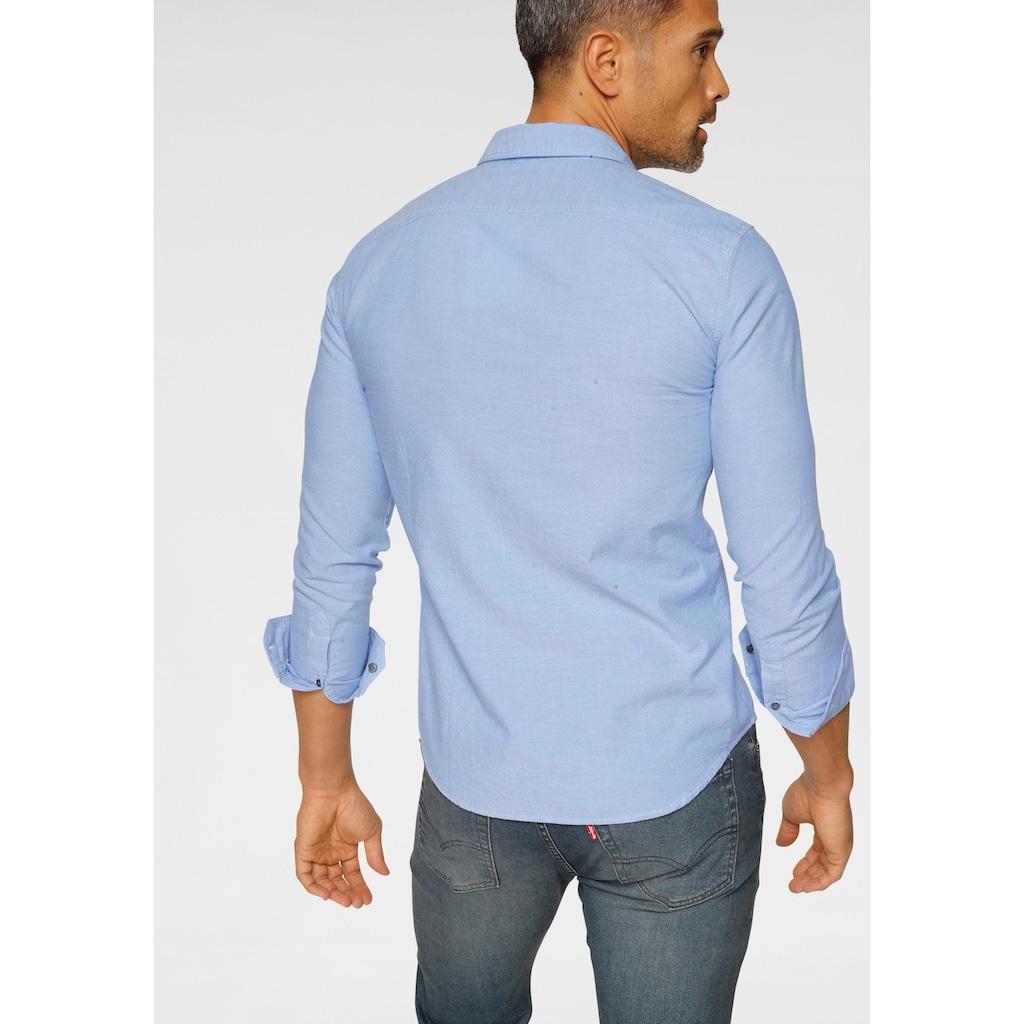 Levi's® Langarmhemd, mit Logo-Badge auf der Brust