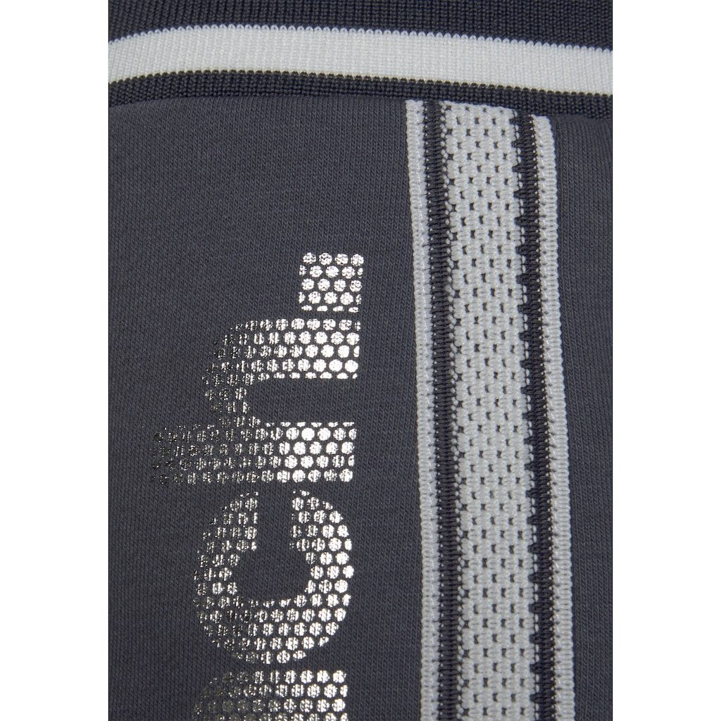 Bench. Sweatshorts, mit Logodruck in Metalloptik
